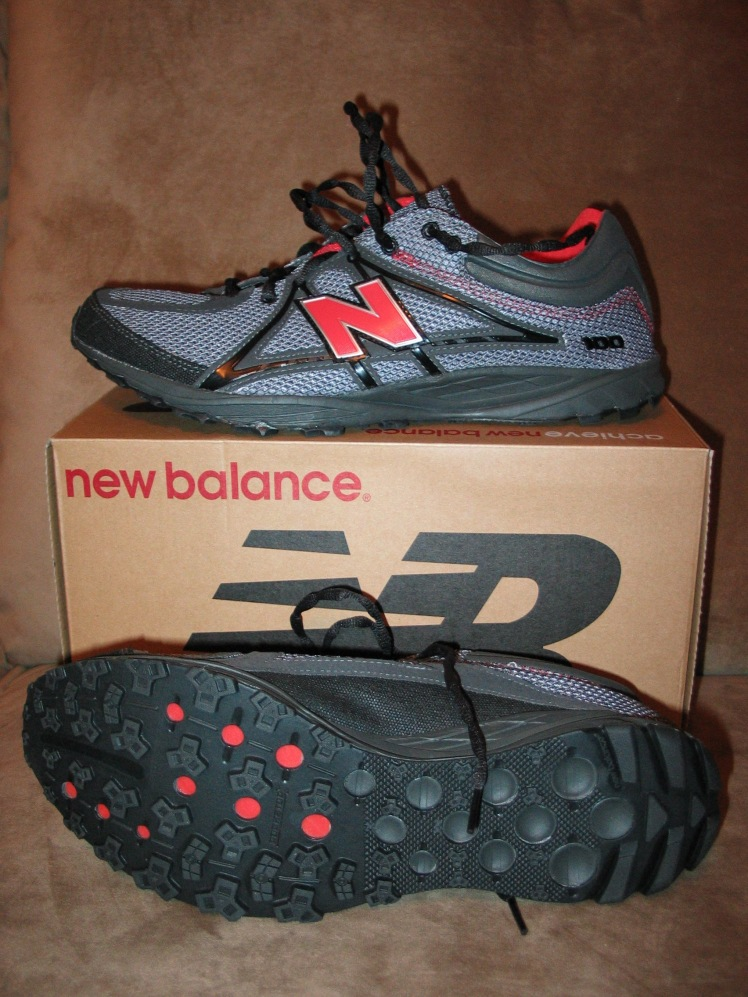 New Balance MT100 Trail Running shoes